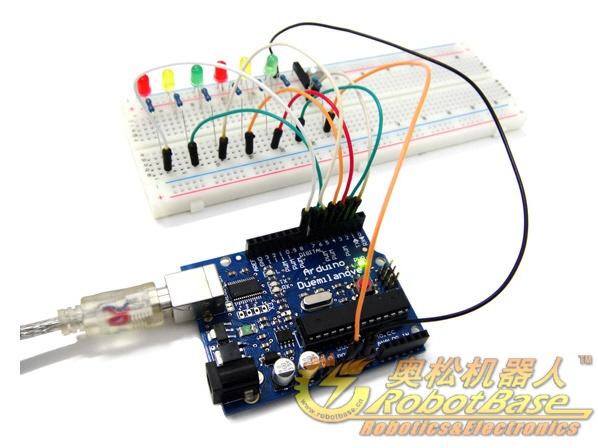 通知:此款套件现在所用控制器为2014年最新Mega 2560 R3,存储容量更大,I/O接口更多。全套件光盘中的示范例子不仅适用Arduino Duemilanove控制器,还可以使用最新版UNO R3控制器。爱上Arduino互动入门套件是哈尔滨奥松机器人科技有限公司专门为Arduino爱好者精心打造的一款入门学习套件,此套件完全按照《爱上Arduino》(Arduino创始人所著《Getting Started with Arduino 》中文译著)一书内容配置,除了书中涉及到的基本元件外,还增加了