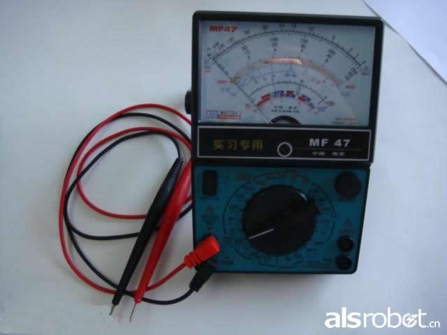 万用表由表头,测量电路及转换开关等三个主要部分组成.