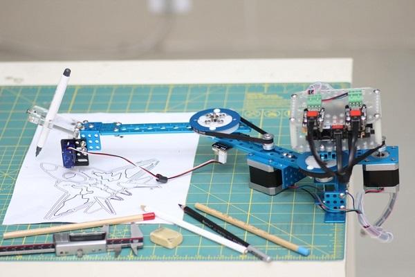 makeblock drawbot 机器人 绘图机器人 画蛋机器人 四