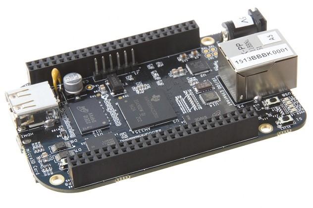 图19:BeagleBone Black BeagleBone Black是一款基于AM335x处理器的开发套件。处理器使用了德州仪器的1GHz ARM Cortex-A8,集成了3D图形加速器。另外它拥有2GB的eMMC存储、512MB的DDR3内存和一个可扩展存储的microSD卡槽。板子两边有46pin的插槽,可连接3D打印机、计数仪、LED屏幕等。 Intel Galileo Gen 2